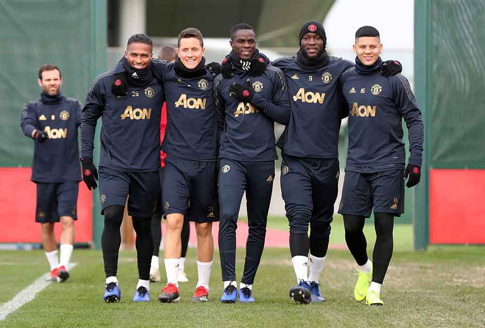 United star sets date for injury return