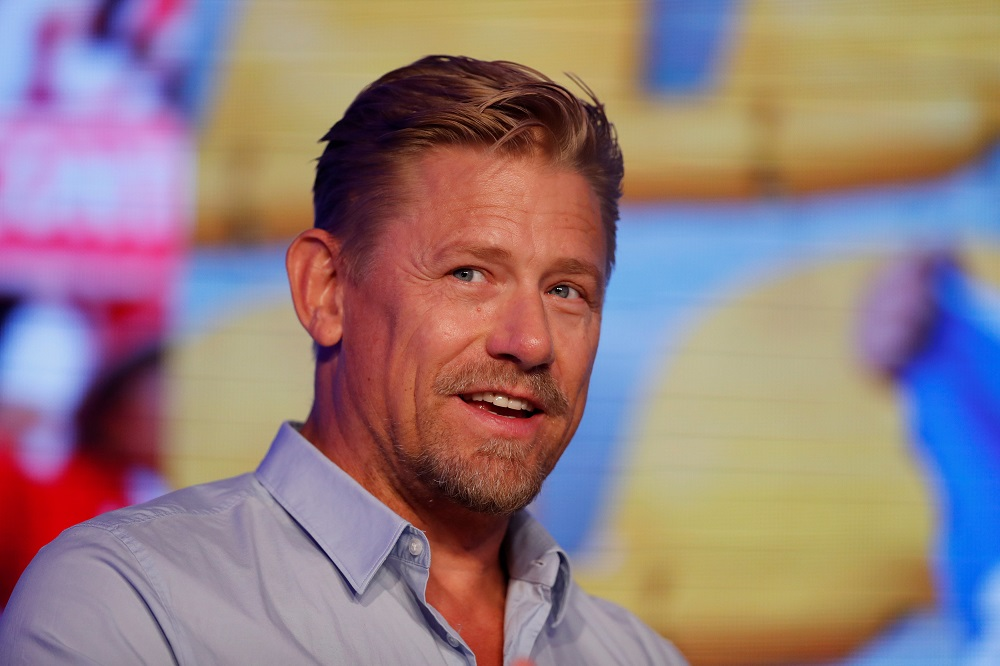 """""""That Was Really Weird"""" Schmeichel Perplexed By Tactical Decision That Solskjaer Made Against Young Boys"""