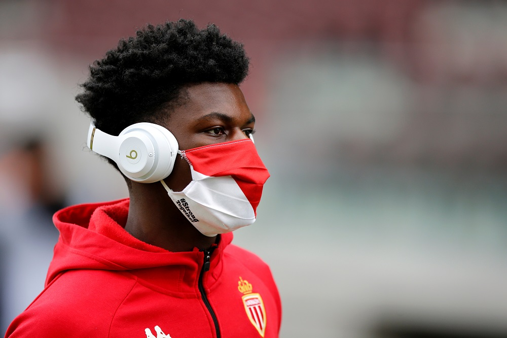 """""""No Interest"""" Report Claims United Will Allow Chelsea And Liverpool To Fight It Out Over French Midfield Maestro"""